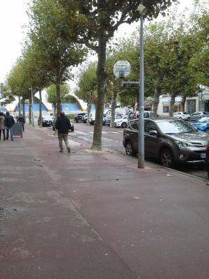 Fonds et murs commerciaux a vendre Royan 17200 Charente-Maritime  155872 euros