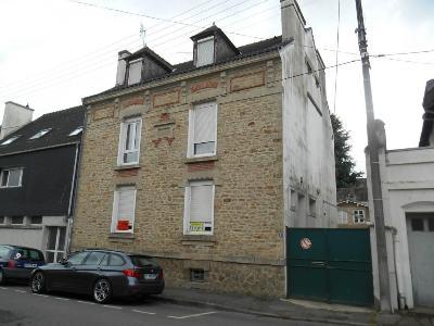 Fonds et murs commerciaux a vendre Pontivy 56300 Morbihan 64 m2  84319 euros