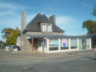 Fonds et murs commerciaux a vendre Fouesnant 29170 Finistere 145 m2  418720 euros