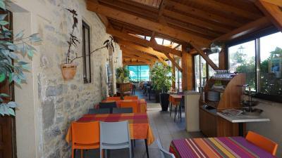 Fonds et murs commerciaux a vendre Sabadel-Latronquière 46210 Lot  517000 euros