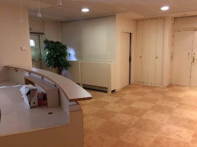 Fonds et murs commerciaux a vendre Besançon 25000 Doubs 170 m2  186000 euros