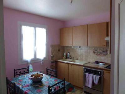 Location maison Mehun-sur-Yèvre 18500 Cher 71 m2 4 pièces 560 euros
