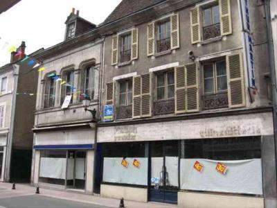 Maison a vendre Cloyes-sur-le-Loir 28220 Eure-et-Loir 250 m2 14 pièces 181600 euros