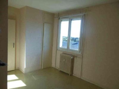 Appartement a vendre Châteaudun 28200 Eure-et-Loir 62 m2 4 pièces 65300 euros