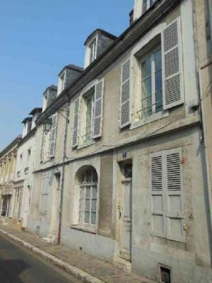 Immeuble de rapport a vendre Châteaudun 28200 Eure-et-Loir 214 m2  192800 euros