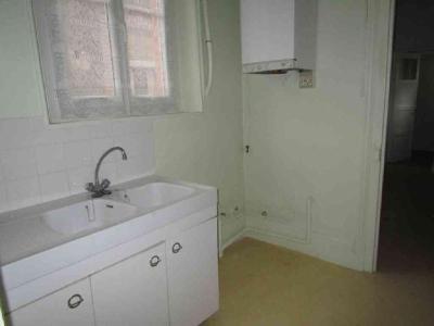 Location appartement Châlons-en-Champagne 51000 Marne 40 m2 2 pièces 348 euros
