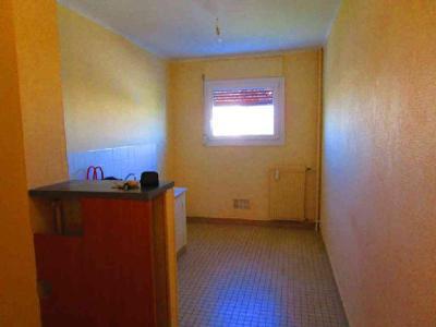 Location appartement Châlons-en-Champagne 51000 Marne 78 m2 4 pièces 450 euros