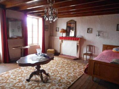 Maison a vendre Saint-Martin-Lars-en-Sainte-Hermine 85210 Vendee 270 m2 8 pièces 155872 euros