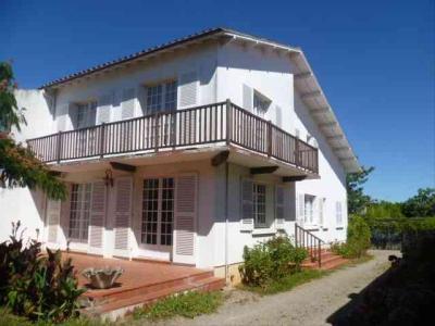 Maison a vendre Luçon 85400 Vendee 160 m2 4 pièces 177650 euros