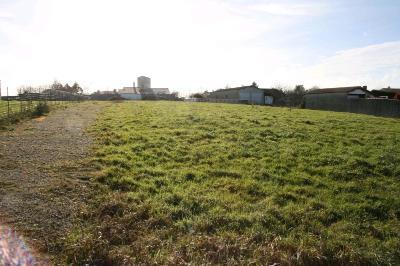 Terrain a batir a vendre Falleron 85670 Vendee 1726 m2  73470 euros
