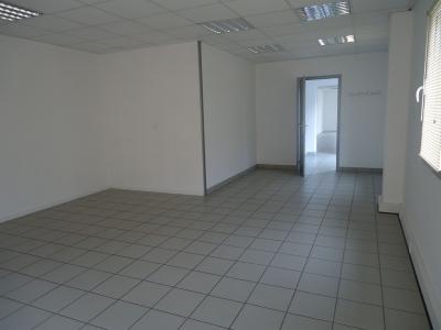Divers a vendre La Garnache 85710 Vendee 270 m2  185800 euros