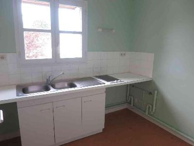 Location appartement Scorbé-Clairvaux 86140 Vienne 35 m2 1 pièce 333 euros