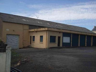 Fonds et murs commerciaux a vendre Nivillac 56130 Morbihan 1669 m2  258842 euros