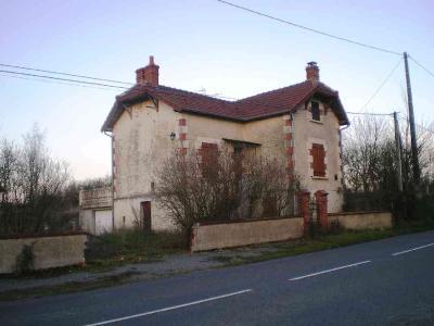 Maison a vendre Lurcy-Lévis 03320 Allier 75 m2 3 pièces 100000 euros