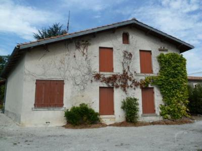 Maison a vendre Saint-Vallier 16480 Charente 240 m2 8 pièces 150722 euros