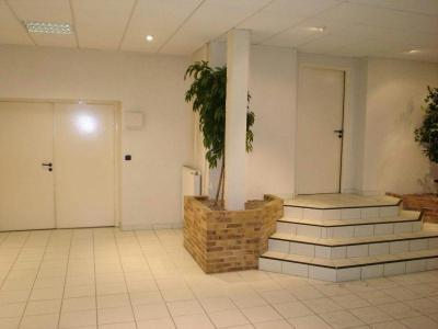 Location divers Fougères 35300 Ille-et-Vilaine 300 m2  700 euros