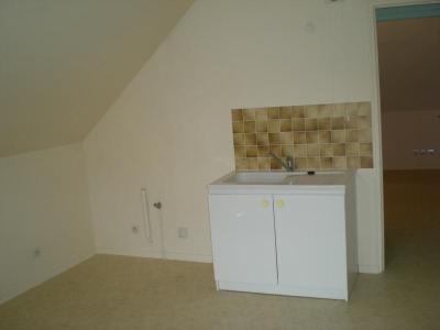 Location appartement Châteaudun 28200 Eure-et-Loir 26 m2 2 pièces 285 euros