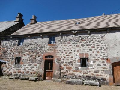 Maison a vendre Paulhac 15430 Cantal 50 m2 3 pièces 42400 euros