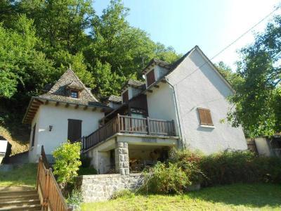 Maison a vendre Saint-Illide 15310 Cantal 4 pièces 94058 euros