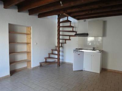 Location appartement Oyonnax 01100 Ain 34 m2 2 pièces 292 euros