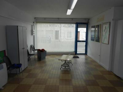 Location fonds et murs commerciaux Nogent-le-Rotrou 28400 Eure-et-Loir 77 m2  390 euros