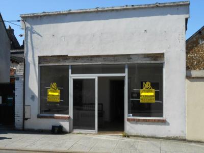 Location fonds et murs commerciaux Nogent-le-Rotrou 28400 Eure-et-Loir 43 m2  350 euros