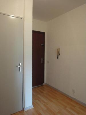 Location appartement Bellignat 01100 Ain 47 m2 2 pièces 300 euros