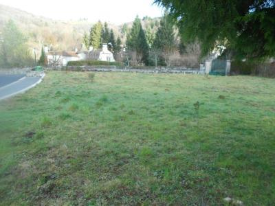 Terrain a batir a vendre Saint-Simon 15130 Cantal 773 m2  42392 euros