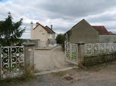 Maison a vendre Rully 71150 Saone-et-Loire 260 m2 6 pièces 349000 euros