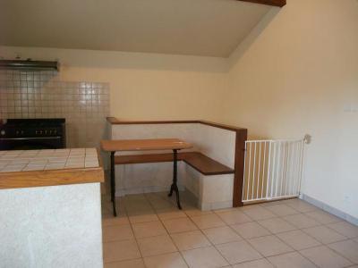 Location appartement Brénod 01110 Ain 82 m2 3 pièces 450 euros