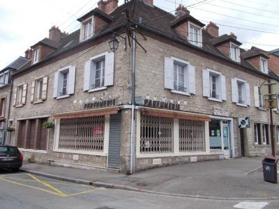 Fonds et murs commerciaux a vendre Les Andelys 27700 Eure 340 m2  247200 euros