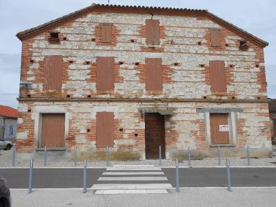 Maison a vendre Pommevic 82400 Tarn-et-Garonne 213 m2 8 pièces 90000 euros