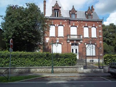 Maison a vendre Avesnes-sur-Helpe 59440 Nord 322 m2 11 pièces 388300 euros
