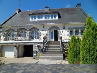 Maison a vendre Callac 22160 Cotes-d'Armor 205 m2 7 pièces 212000 euros