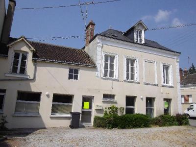 Location appartement Nogent-le-Rotrou 28400 Eure-et-Loir 35 m2 2 pièces 340 euros