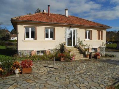 Maison a vendre Le Rouget-Pers 15290 Cantal 4 pièces 137800 euros