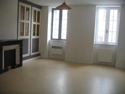 Location appartement Saint-Trivier-de-Courtes 01560 Ain 2 pièces 310 euros