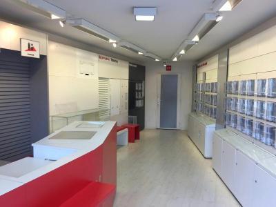 Location fonds et murs commerciaux Pont-l'Abbé 29120 Finistere 55 m2  1100 euros