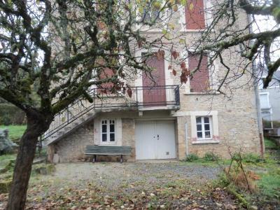 Maison a vendre Neuvic 19160 Correze 143 m2 8 pièces 127000 euros