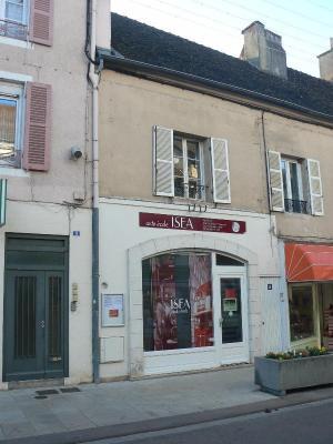 Immeuble de rapport a vendre Chagny 71150 Saone-et-Loire 100 m2  135000 euros