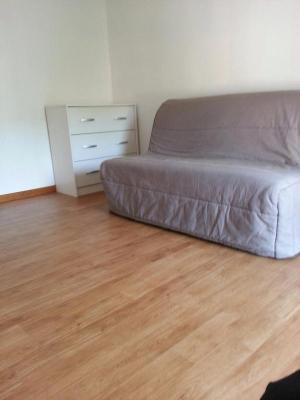 Location appartement Privas 07000 Ardeche 40 m2 2 pièces 280 euros