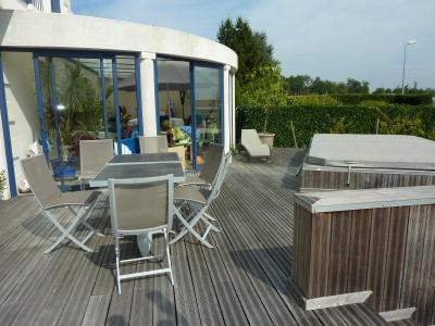 Maison a vendre Jonzac 17500 Charente-Maritime 9 pièces 289772 euros