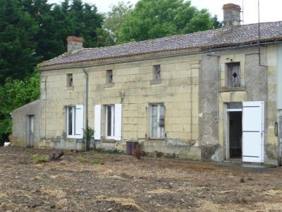 Maison a vendre Saint-Martin-de-Mâcon 79100 Deux-Sevres 70 m2 4 pièces 34980 euros