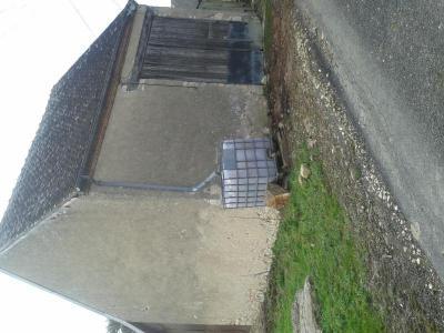 Garage et parking a vendre Poisieux 18290 Cher  21200 euros