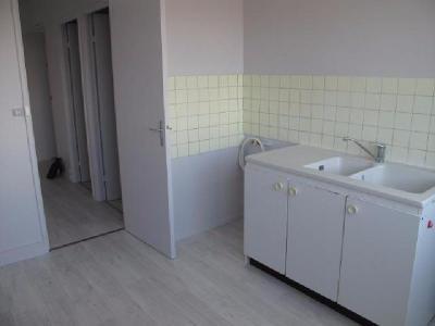 Location appartement Mont-Saint-Aignan 76130 Seine-Maritime 72 m2 4 pièces 538 euros