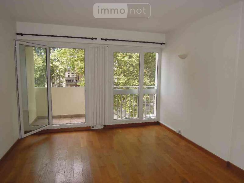 achat appartement a vendre bourges 18000 cher 73 m2 3 pi ces 126000 euros. Black Bedroom Furniture Sets. Home Design Ideas