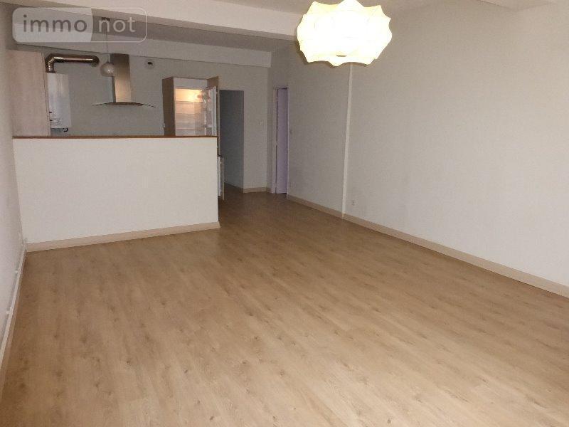 Location appartement cluny 71250 sa ne et loire 55 m2 2 for Location appartement l