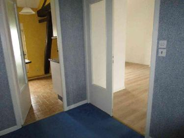 Elegant location appartement marne m pices euros with for Code postal chalon en champagne